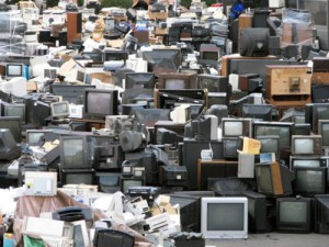 100s of old computer screens and tvs